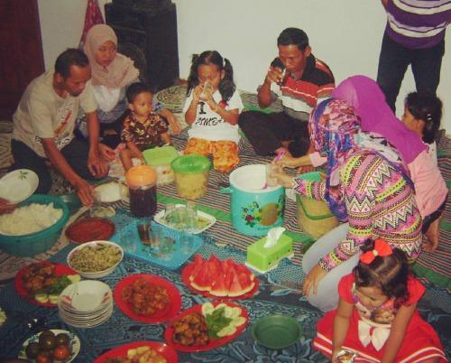 Buka Puasa Bersama Keluarga Besar Bani Karso tahun 2016 di Jombang