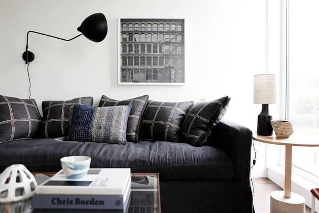 Una casa acogedora con estilo masculino a gusto en casa for Muebles capitol