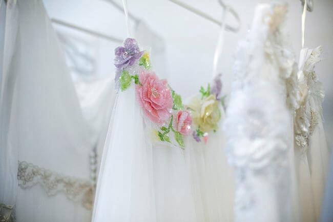 detalle de vestido de novia de Covadonga Plaza en Oviedo