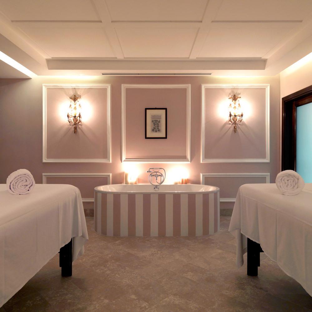 La Posta Vecchia Hotel Luxury Hotel In Rome Italy