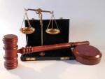 Berufsbegleitend Wirtschaftsrecht studieren