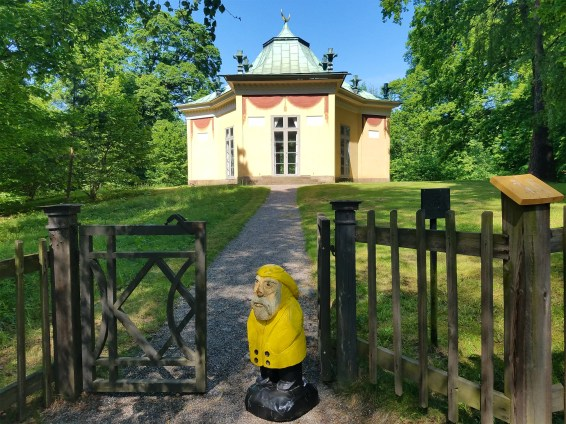 Captain Ahab of Ahab's Adventures at The Turkish Pavilion inside Hagaparken in Stockholm Sweden 2016