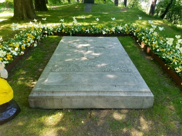 Captain Ahab of Ahab's Adventures at The Royal Cemetery inside Hagaparken in Stockholm Sweden 2016