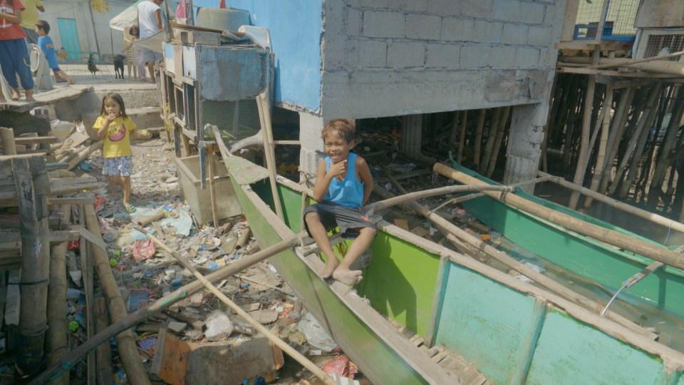 Children in the streets in Manila