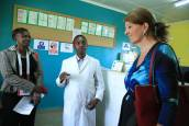 A laboratory Technician explains to Dr Wijnroks the TB process