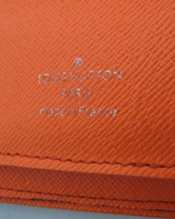 louis-vuitton-brazza-wallet-n63155-orange-03-360x450