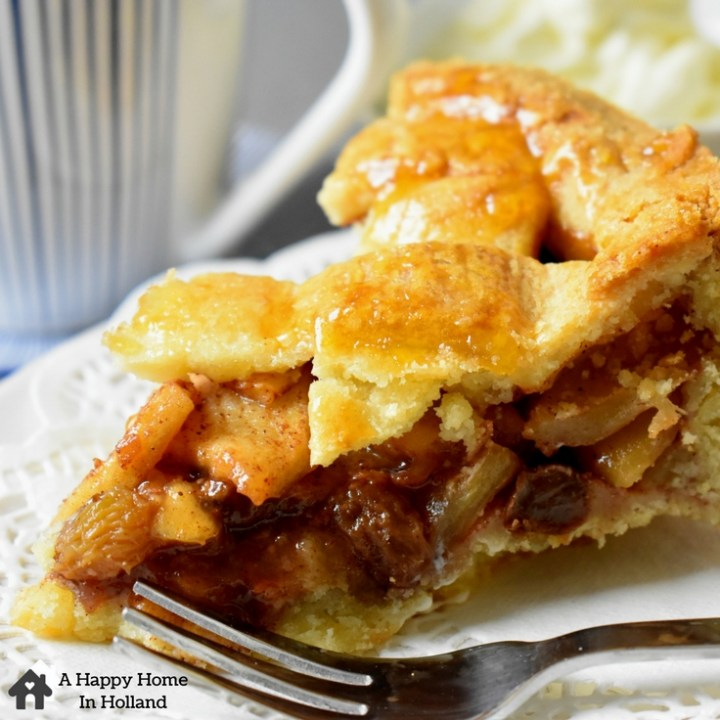 Traditional Dutch Apple Pie Recipe