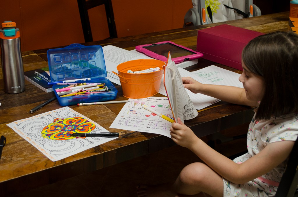 Coloring prayer during the school day.