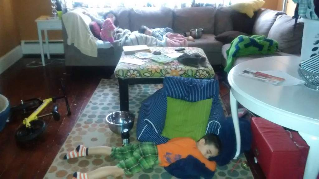 All 3 of my older kids had a stomach virus at the same time.