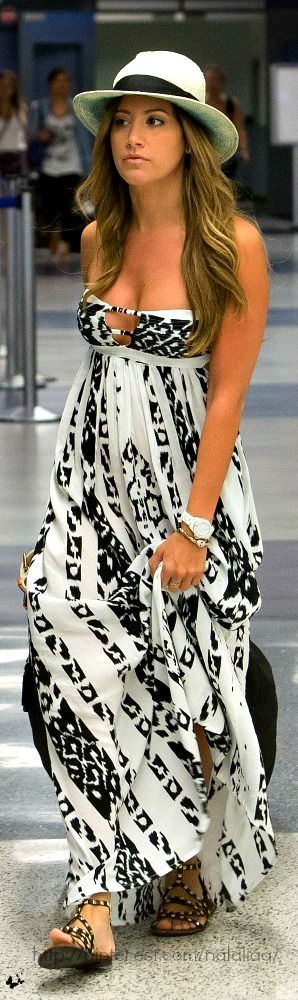 AHBSESSED with the Summer Maxi Dress - Here are 10 we think are PERFECT