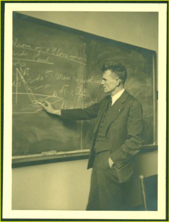 M. King Hubbert teaching, ca. 1935