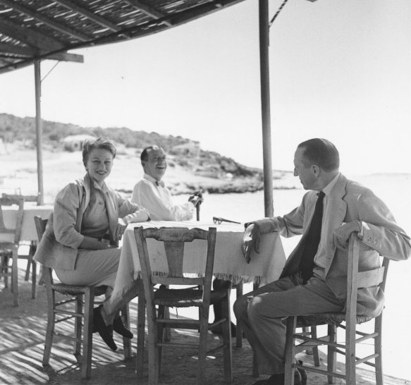 Jean Howard with Cole Porter (right of Howard) and Howard Sturges in Athens, 1955