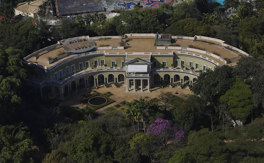 Veja o puro luxo das 9 mansões mais caras da capital paulista ? Ah Duvido