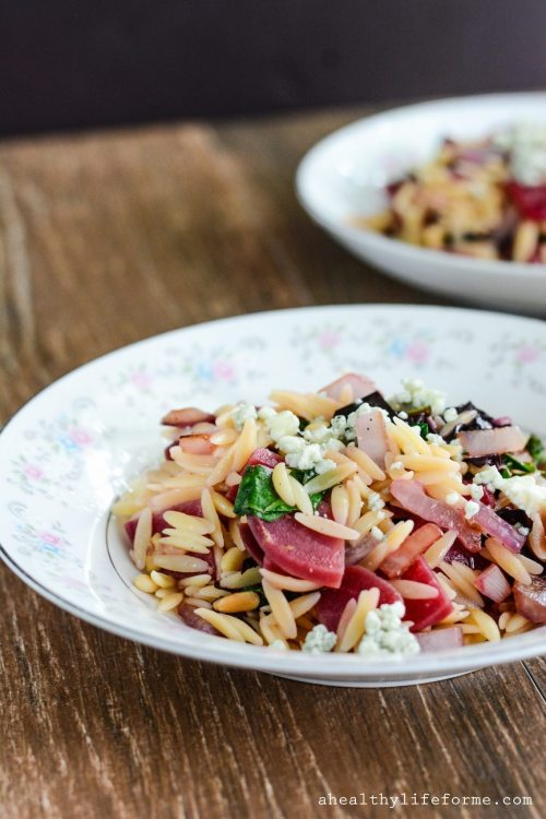 Beet and Blue Cheese Orzo Salad is a light, healthy and delicious summer salad recipe | ahealthylifeforme.com