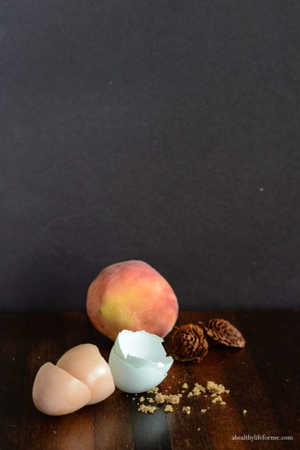 Peach Cupcake with Brown Sugar Frosting | ahealthylifeforme.com