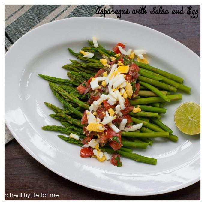 Asparagus with Salsa and Egg 2