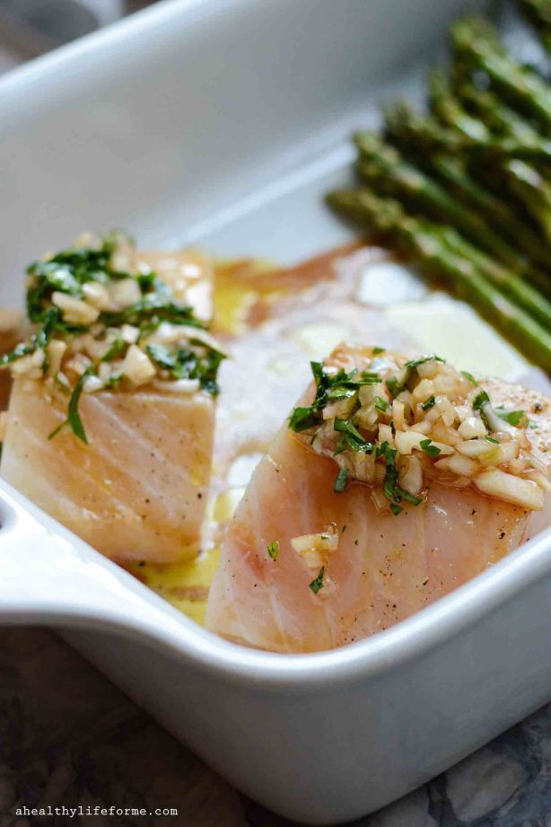 Oven Roasted Halibut with Asparagus and Mushroom Recipe | ahealthylifeforme.com