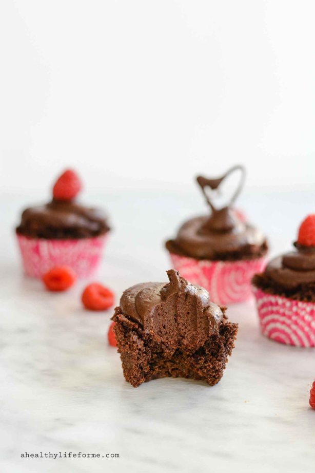 Paleo Death By Chocolate Cupcake Recipe is gluten free grain free delicious decadent perfect for Valentine's Day | ahealthylifeforme.com