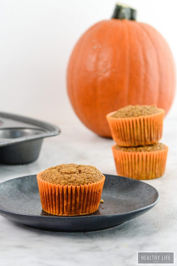 Pumpkin Spice Protein Muffins are filled fabulous pumpkin flavor, fiber, potassium and tons of protein   ahealthylifeforme.com