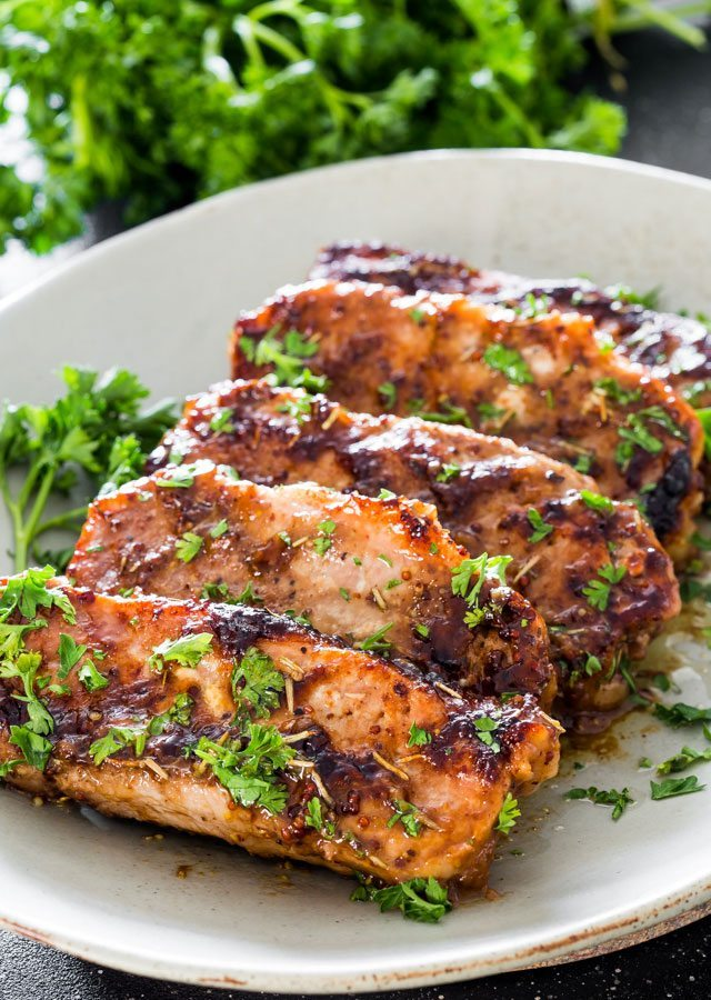 Mustard Balsamic Pork Chops with Rosemary | jolife.com