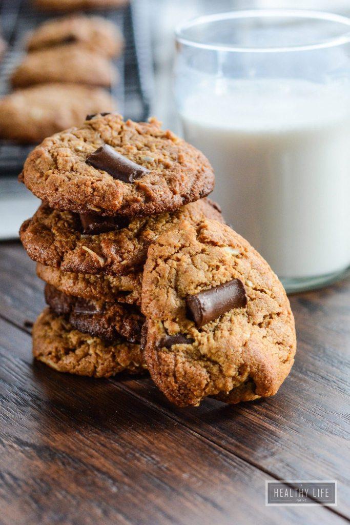 Cashew Coconut Chocolate Chip Cookies paleo gluten free recipe | ahealthylifeforme.com