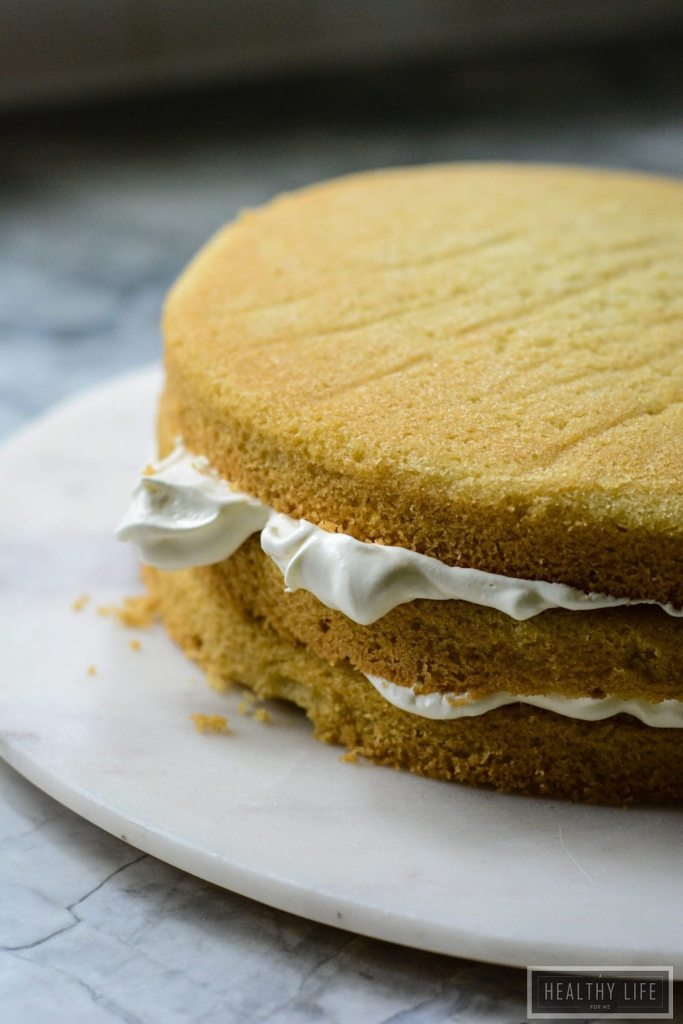 This Gluten Free Fig Cream Cake is Dairy Free and Vegetarian dessert recipe | ahealthylifeforme.com