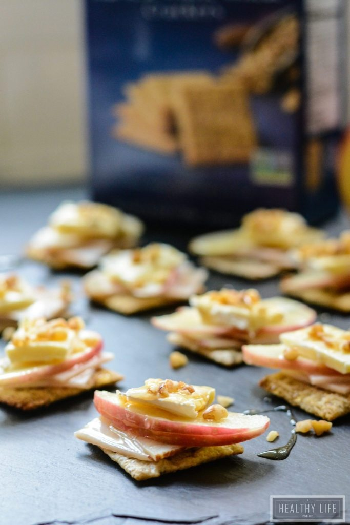 Turkey Apple Brie Bites are made with a cracker base and a honey drizzle topping. These one-bite morsels are the perfect light lunch, snack or party appetizer   ahealthylifeforme.com