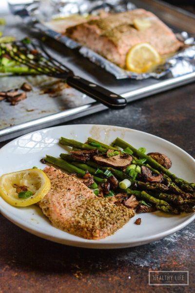 Simple Lemon Rosemary Steamed Salmon