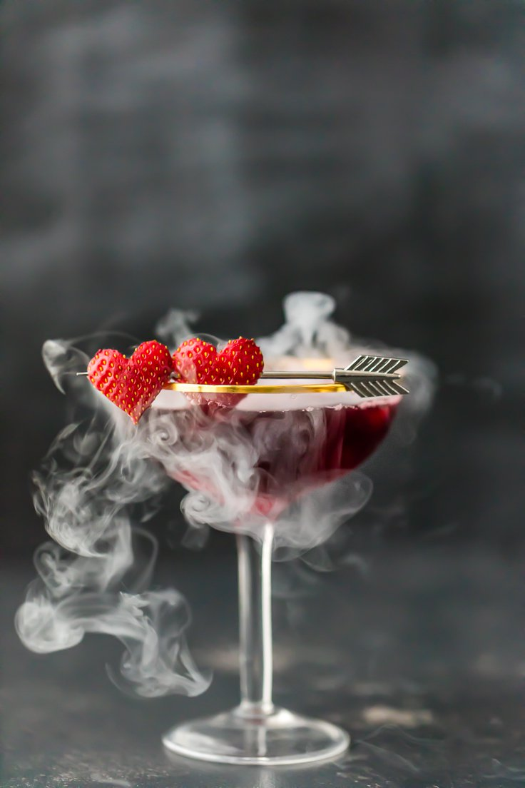 6 Romantic Valentine's Day Cocktails. Each and every one is drool-worthy! | ahedgehoginthekitchen.com