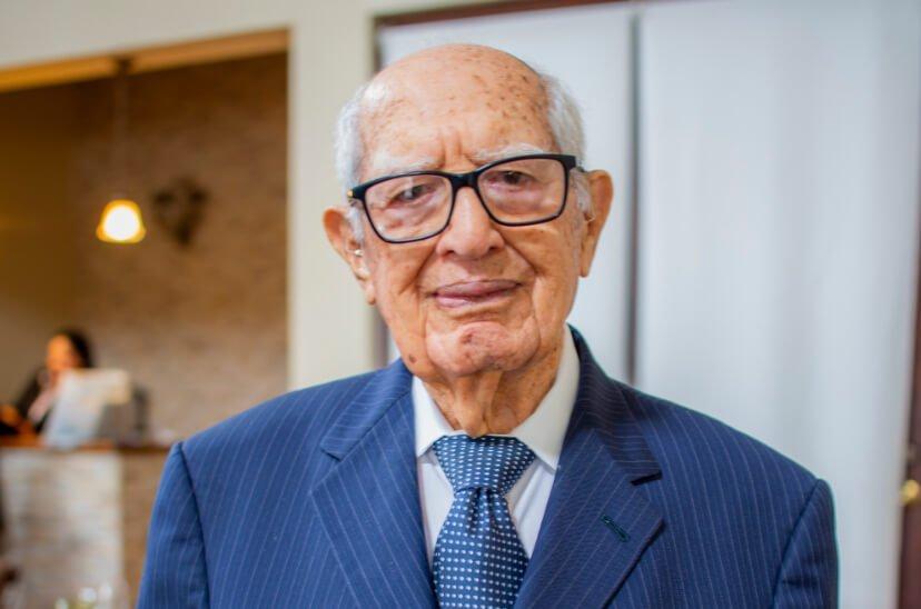 Celebración Del 99 Aniversario De Don Jorge Bueso Arias