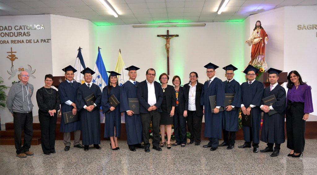 Graduación De La Segunda Edición Del Programa De Formación Fiduciaria
