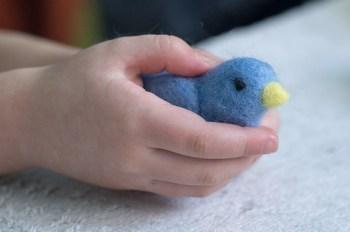 little blue bird (needle felted)