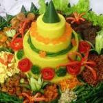 Nasi Tumpeng Jakarta dengan Daging Analog – Makan Enak Tanpa Rasa Was-Was