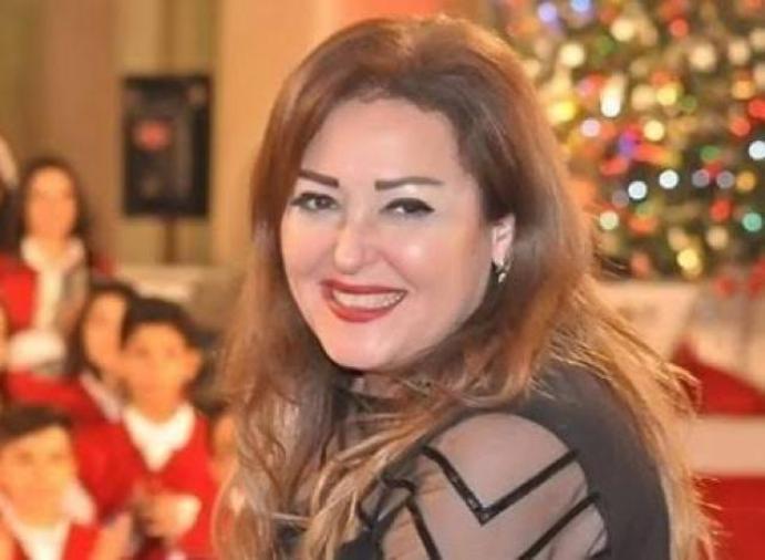 نهال عنبر: رفضت تجسيد مشهد بسيجارة وأطالب بمنعها