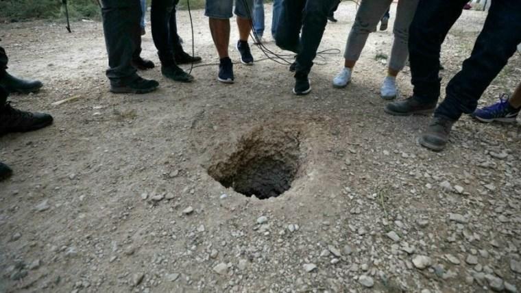 """هروب 6 أسرى فلسطينيين من سجن إسرائيلي """"شديد الحراسة"""" عبر حفرهم نفقاً"""