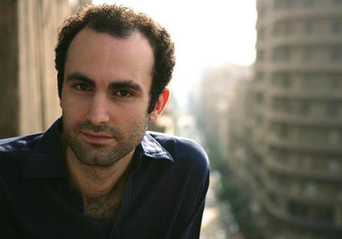 خالد عبد الله المصري البريطاني يجسد شخصية دودي الفايد في مسلسل ذا كراون