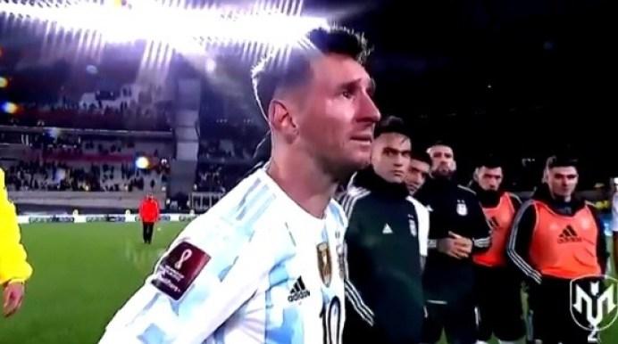 ميسي يرفع كأس كوبا أمريكا ويذرف الدموع أمام 21 ألف مشاهد