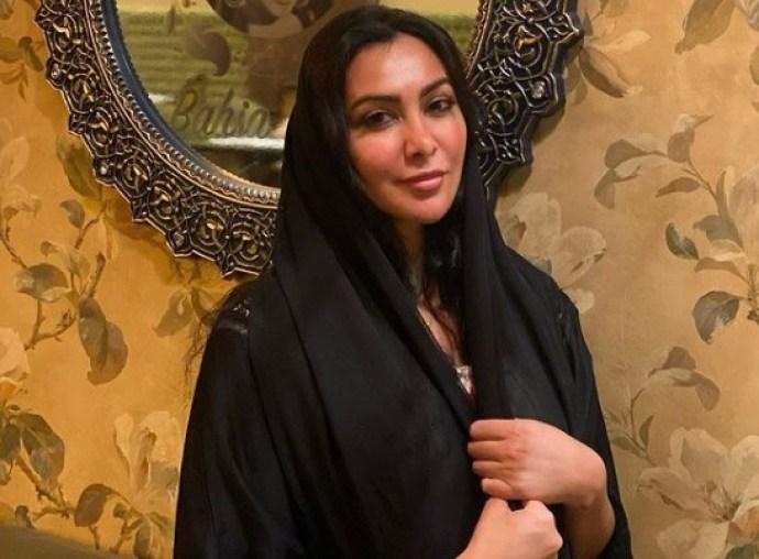 ميرهان حسين في أحدث ظهور لها بالحجاب في السعودية