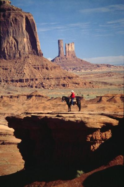 monument_valley_indianer_2400