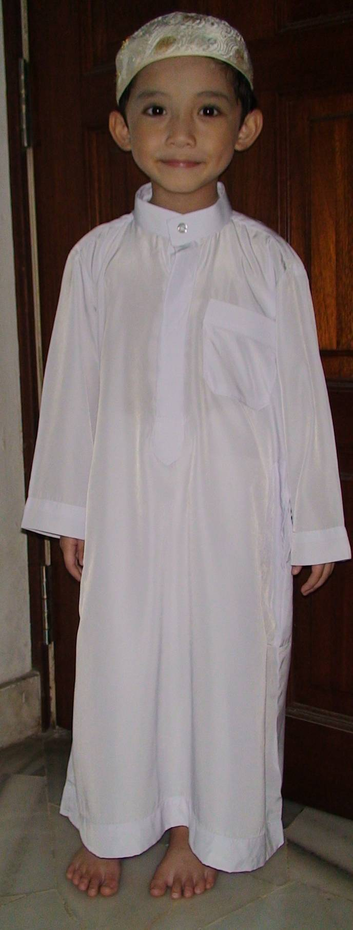 In my jubah getting ready to go to the Hadith class