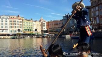 Venetian Gondolas di Tokyo DisneySea