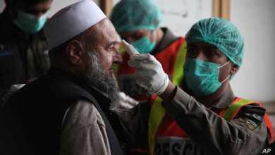 Photo of पाकिस्तानातील हायप्राेफाइल नेत्यांना कोरोनाची बाधा !