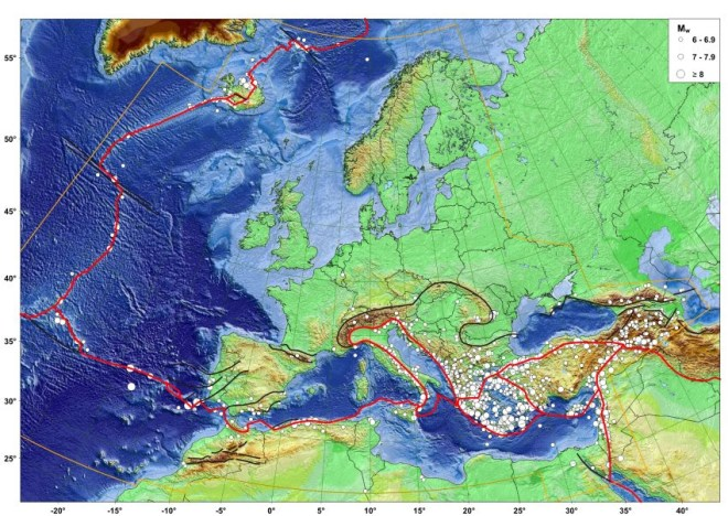 GRAFIK Karte / Erbebenrisiko / WISSENSCHAFT
