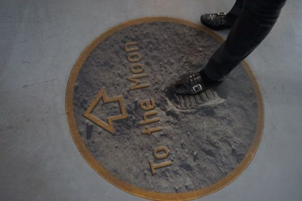 To the moon - Vereinigten Staaten von Amerika
