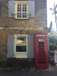 UNESCO Weltkulturerbe - Nelson's Dockyard Museum - Rotes Card Phone