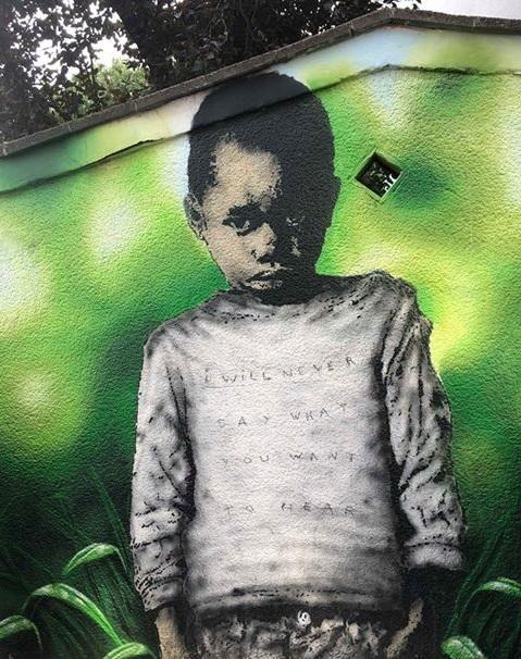 Trotzkopf am Leo-Amann-Park vom Düsseldorfer Künstler L.E.T. (Les Enfants Terribles)