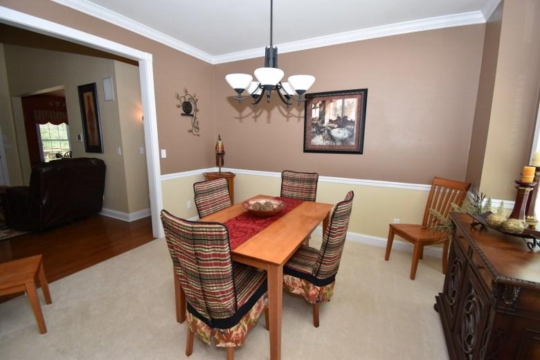 4 Dining Room (2)