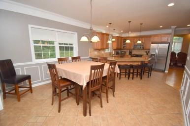 6 Dining Area (2)
