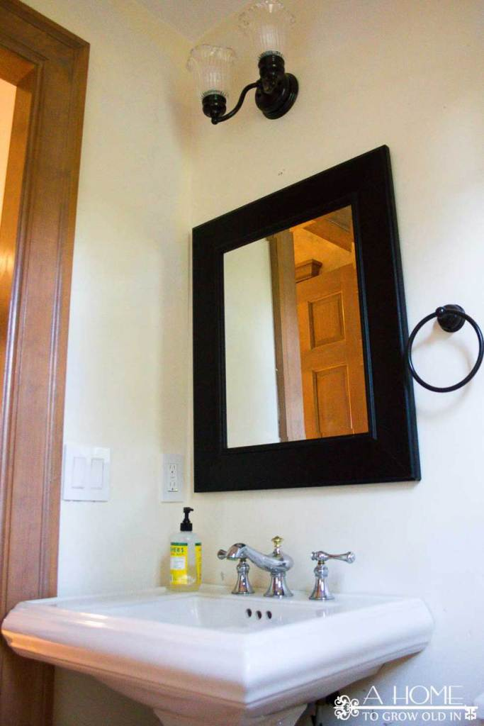 powder-room-mirror-before-picture