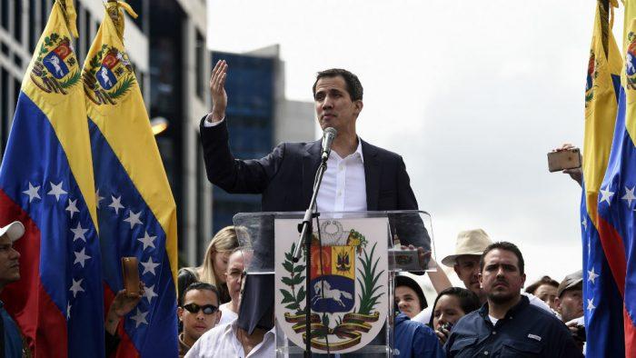Último: Brasil, Colombia, Chile, Perú, Ecuador, Paraguay y Costa Rica reconocen a Guaidó como presidente de Venezuela